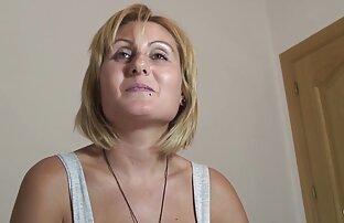 Lesbea Babe film x gratuit avec animaux écarte ses fesses et la vénère