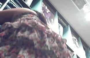 Chesty Rose sautant film classé x gratuit un oreiller