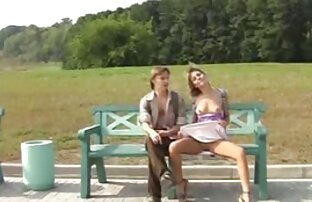Fellation et extrait gratuit film porno éjaculation dans les toilettes publiques avec petite amie