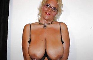 Maaya porno tv gratuit Kurihara colle un vibromasseur dans une fente poilue