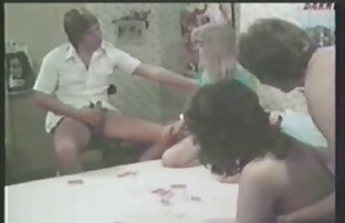 rousse et blonde sur video porno en vf la table s'amusant