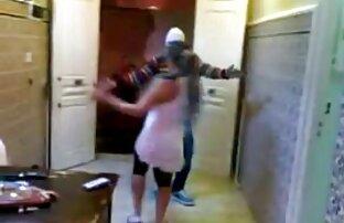Espionnage pour la femme extrait de video x au foyer sous la douche