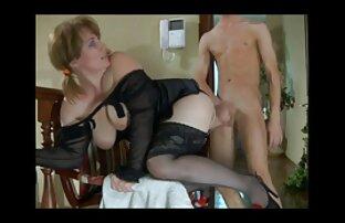 Holly Michaels se masturbe et baise dur film pornodrome gratuit