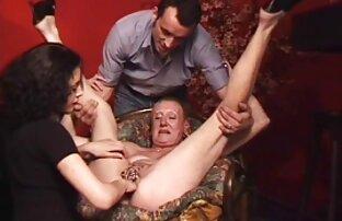 Les femmes au foyer sexy comme Donna Bell méritent un traitement film black x gratuit spécial