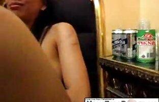 Petite fille avec des nattes video x arabe gratuit donne son travail de première main
